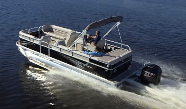 2017 Princecraft Tritoon with 150 hp mercruiser.